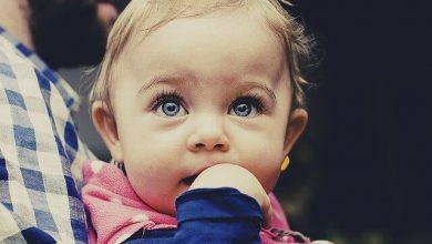 ظهور الناب قبل الأسنان عند الاطفال